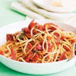 Spaghetti and Chilli Tomato Sauce
