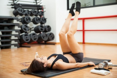 内ももの隙間は1日1分の内転筋を鍛えるトレーニング!