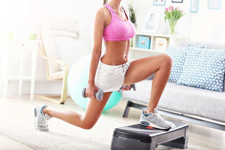 1分3日でOK!垂れ尻とぽっこりお腹に効く体幹トレーニング!