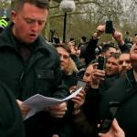 Speakers' Corner: Tommy Robinson hält Martin Sellners Rede – Zehntausende hören sie weltweit! (Video)