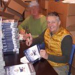 """Jan van Helsing: Es ist vollbracht – 1.200 Bücher """"Handbuch für Götter"""" in 7 Stunden signiert!"""