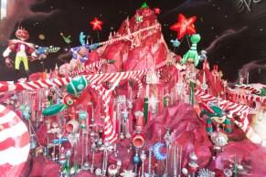 Macy's - Santa's Journy to the Stars5