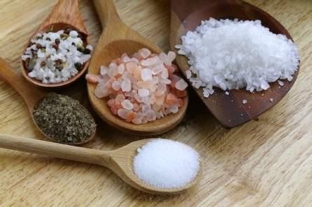 distintos colores de la sal