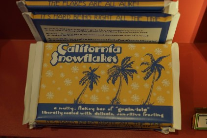 California Snowflakes by Mike Woolson. & Katie Keech