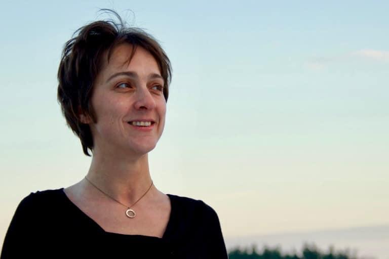 Photo portrait de Hélène, auteure du blog de plongée Different Dive