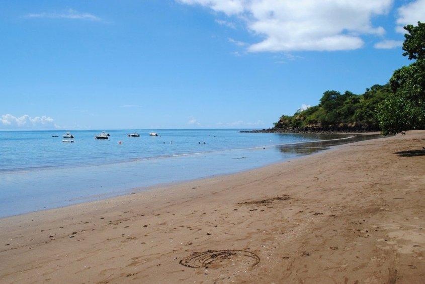 Plonger en France et se retrouver sur cette page de Mayotte avec des petits bateaux