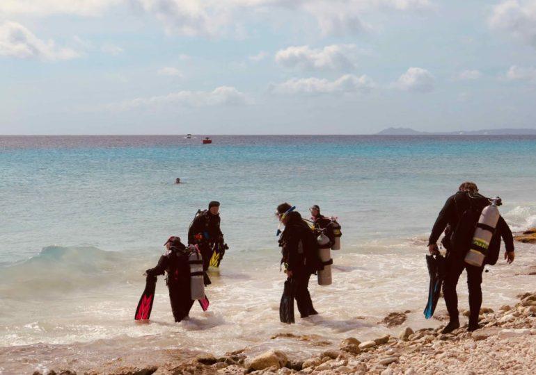 Vous voulez changer de vie et travailler dans le monde de la plongée ?