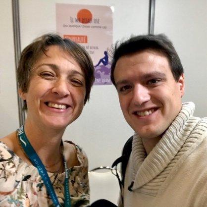Hélène Adam avec un fan du blog