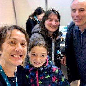 Hélène au Salon de la Plongée 2020 avec sa plus jeune fan