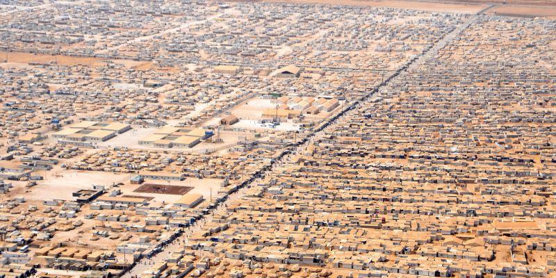 Aerial view of Zaatari camp for Syrian refugees in Jordan (Wikipedia).