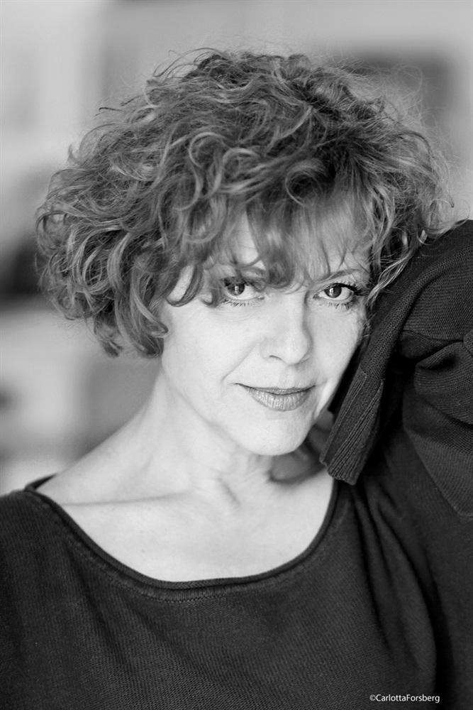Isabelle LEPRINCE Fiche Artiste  Artiste interprte  AgencesArtistiquescom  la plateforme