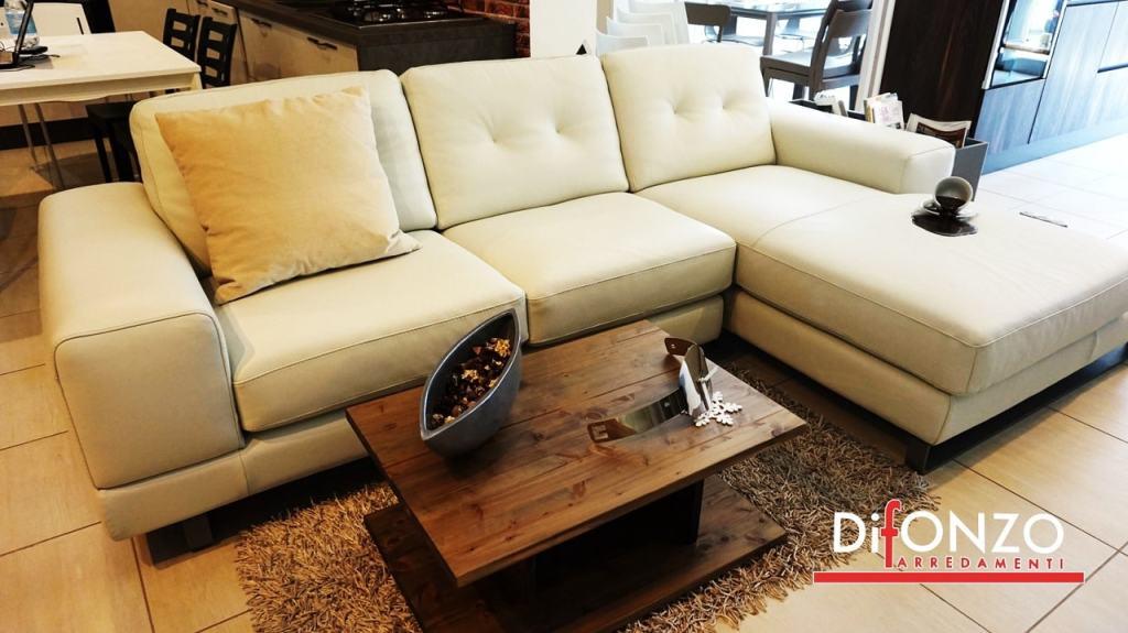 divano in pelle doimo in vendita a bari
