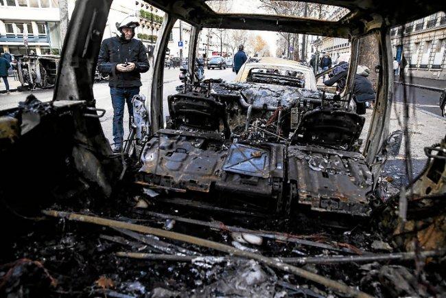 y 11 - 28 imágenes que muestran el drama de las protestas en Francia