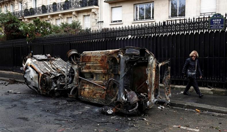 z 11 - 28 imágenes que muestran el drama de las protestas en Francia