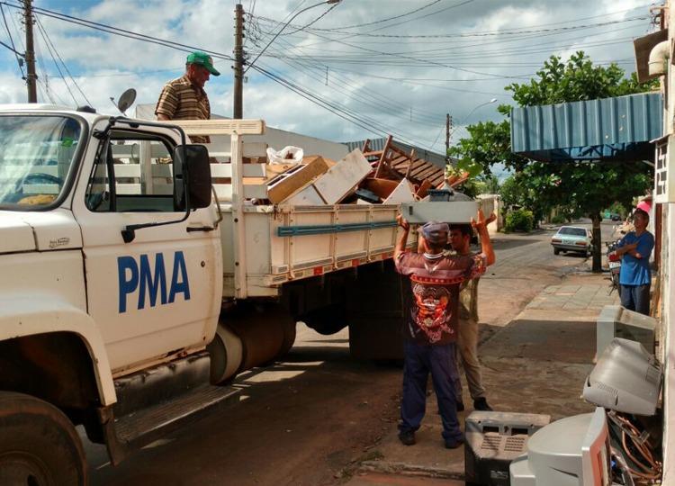 Com aumento nos casos de dengue, Campanha Assis + Limpa pede colaboração da população