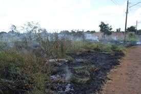 Corpo de Bombeiros alerta população sobre riscos dos incêndios em terrenos baldios