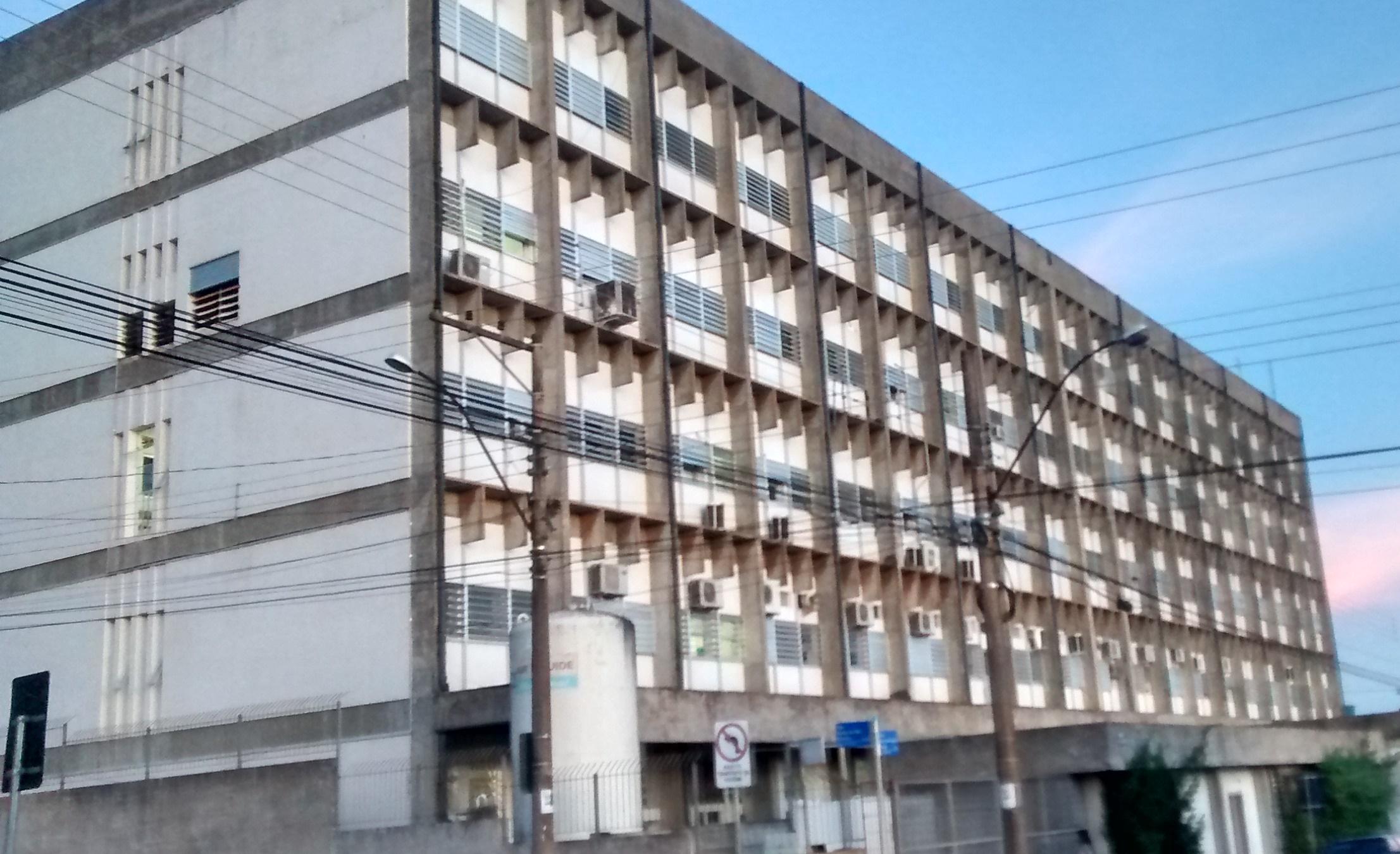 Dirigente do Sindsaúde aponta falhas na ocupação dos leitos do Hospital Regional