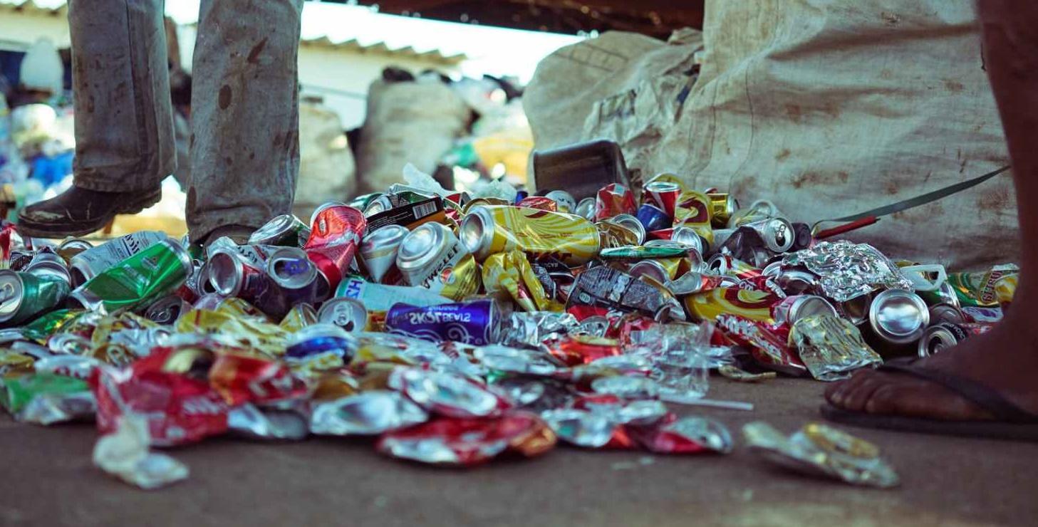Secretaria explica proibição de catadores de recicláveis na área da estação de transbordo