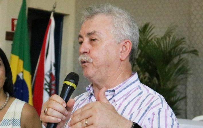 Com palestra do escritor e filósofo Fernando Moraes começa mais uma edição do Encontro de Educação de Tarumã