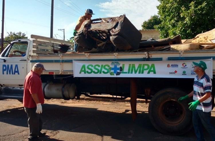 Caminhão do 'Assis Mais Limpa' voltará na próxima semana e vai atender quatro bairros