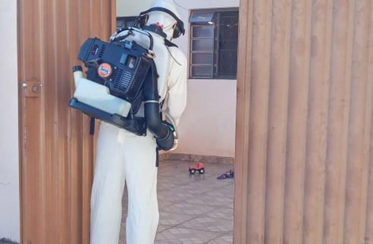 Moradores que se recusarem a receber agentes de Endemias nas residências podem ser autuados