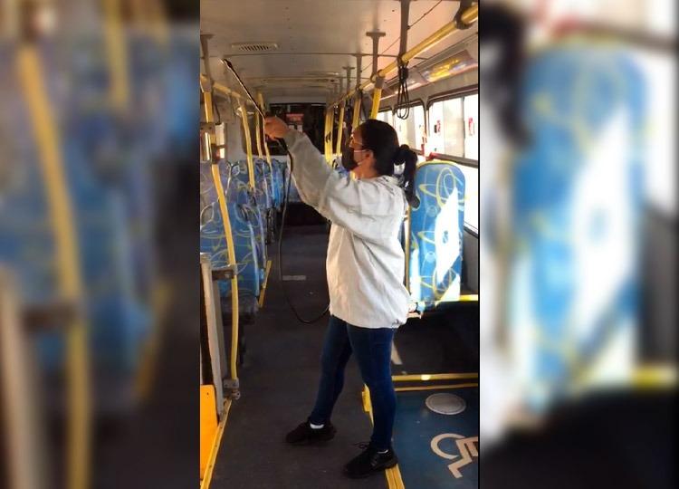 Ônibus do Transporte Coletivo são higienizados duas vezes por dia