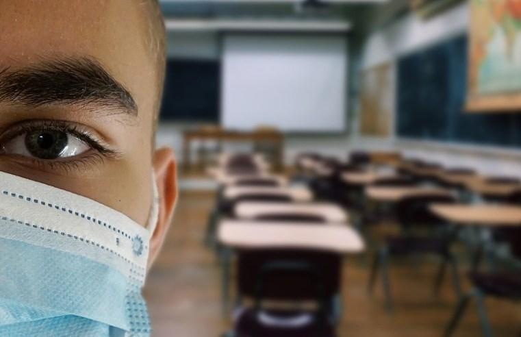 Professor avalia os desafios da educação no pós-pandemia e afirma que as autoridades devem privilegiar a 'vida'