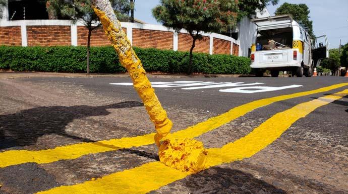 Sinalização de trânsito é reforçada nos bairros de Assis