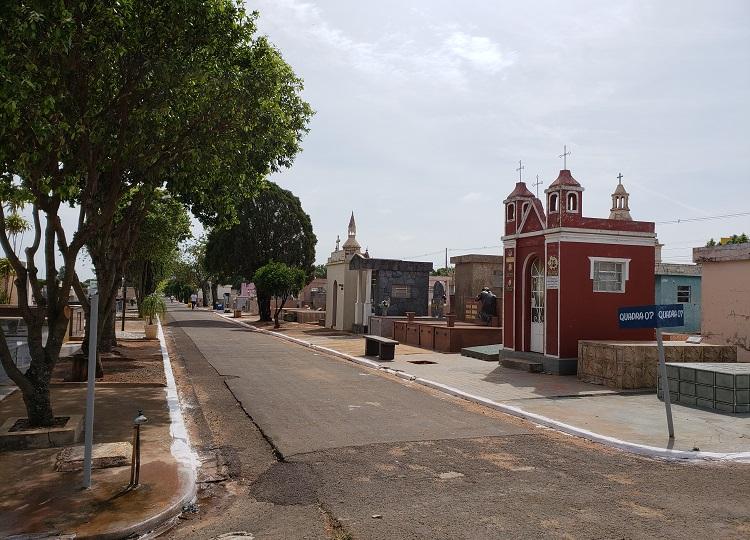 Média diária de enterros em Assis aumenta e Março pode se tornar o pior mês da pandemia