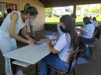 Profissionais da saúde recebem 2ª dose de vacina contra COVID nessa quinta e sexta-feira