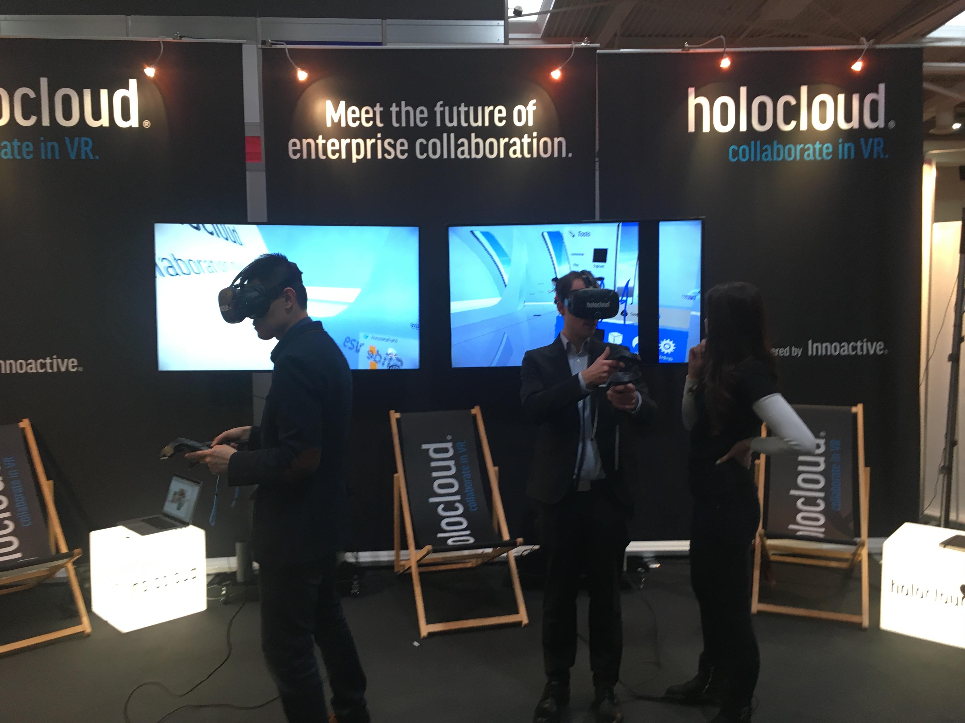Virtual Reality Brillen wohin das Auge schaut.