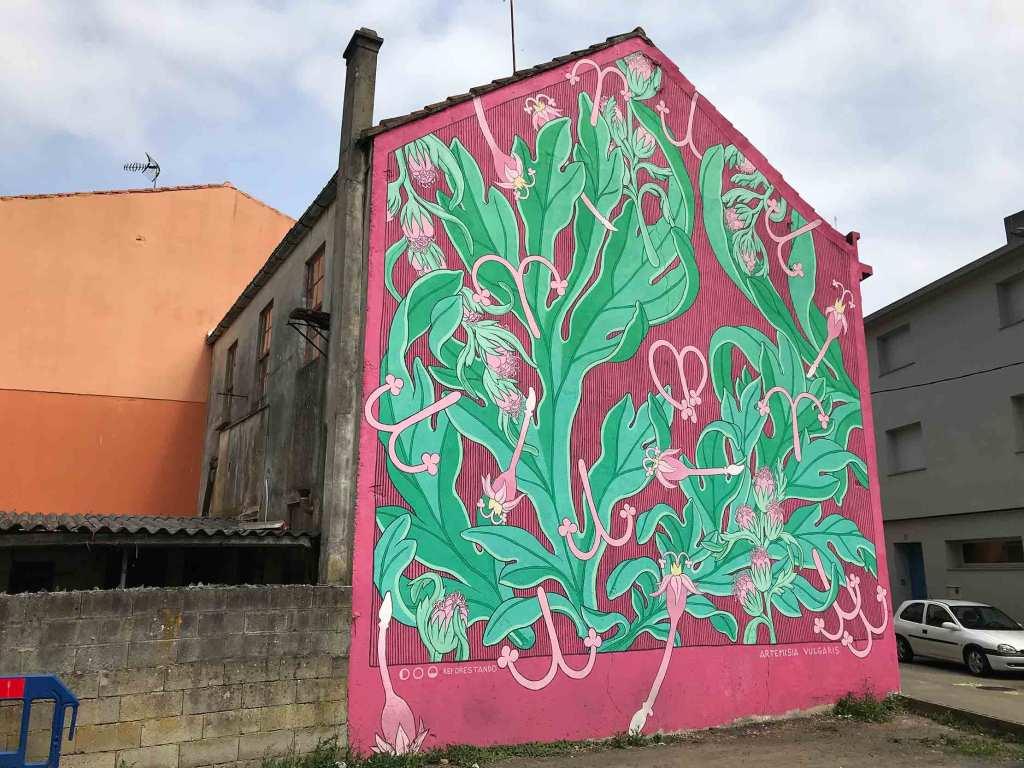 Doa Oa, arte urbano en Carballo, Galicia