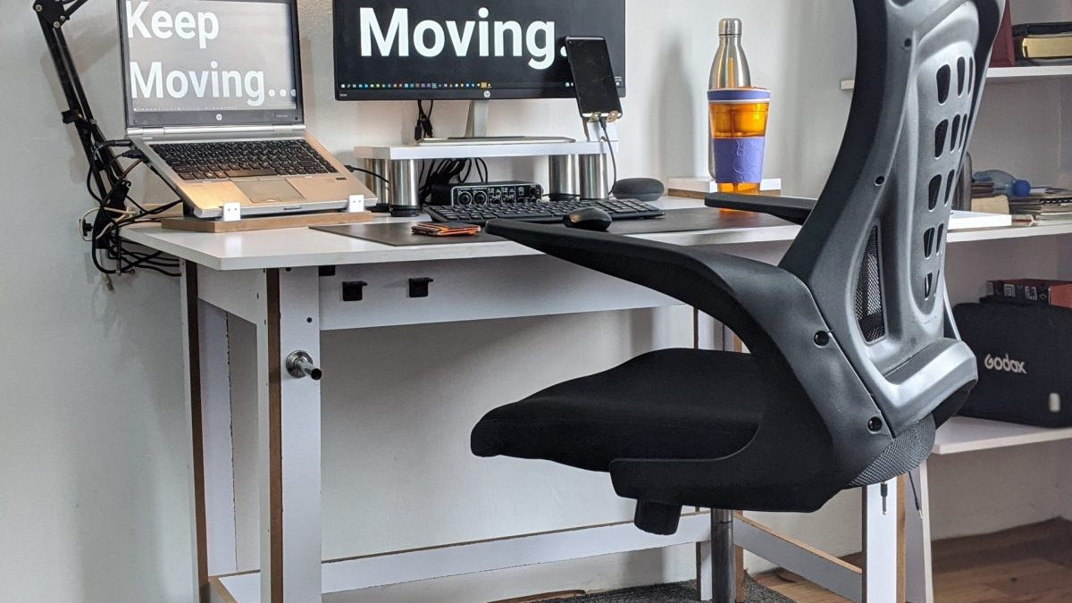 10 Home Office Setup Ideas for Improved Focus & Productivity