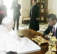President Lungu with Pope Francis in Rome: File picture