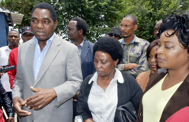 UPND Leader Hakainde Hichilema speaks to journalists shortly after visiting Oracle Media proprietor Mutinta Mazoka at Kabwata Police today – Picture by Tenson Mkhala