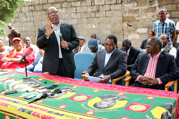 Dr Nevers Mumba speaks durin UPND press conference-picture by Tenson Mkhala