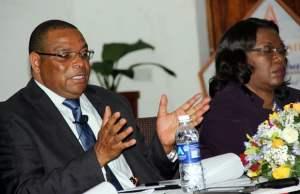 Bank of Zambia governor Dr Denny Kalyalya speaks to journalist - picture by Tenson Mkhala