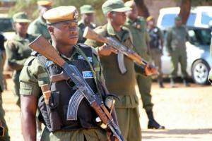 Police officer keeps vigil at Court during Hakainde Hichilema';s case-Picture -By Tenson Mkhala