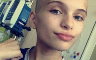 What It's Like to Have Cancer as a Teenager