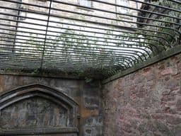 Caged Liar, Greyfriars Kirkyard, Edinburgh