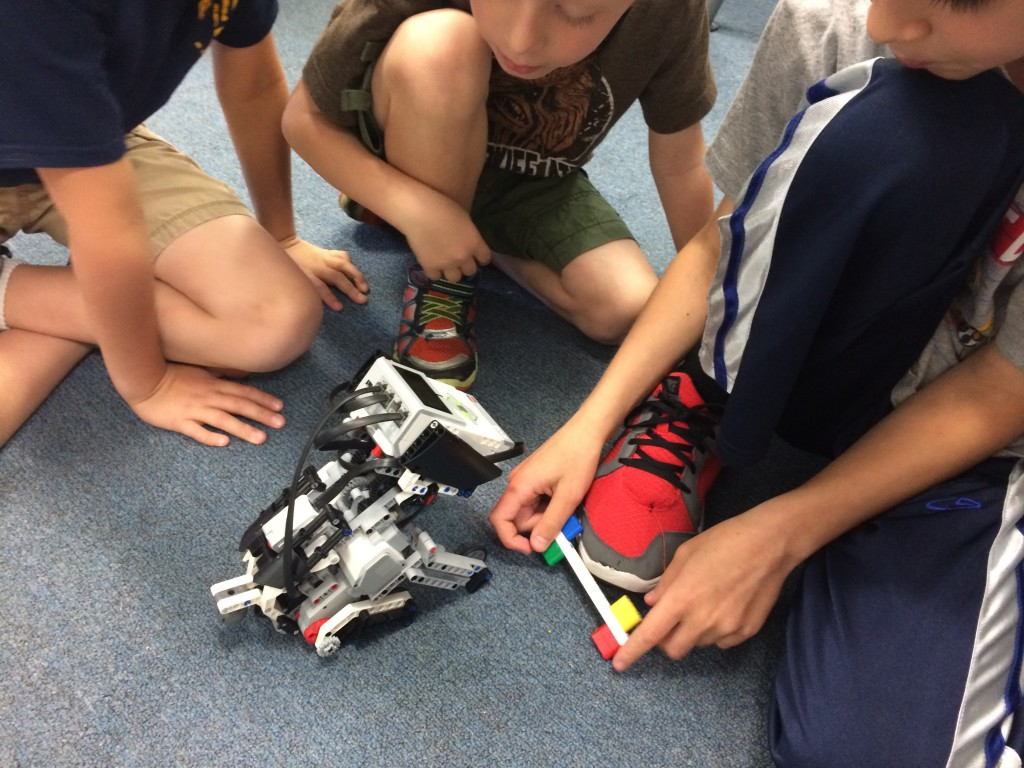Robotics rock @ Digi-Camp