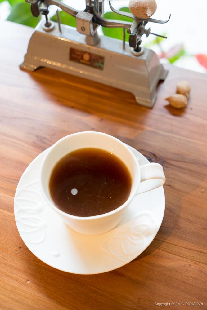 紅茶のような淡いコーヒー