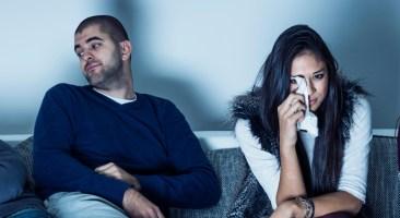 Girls watch TV novella while men bored
