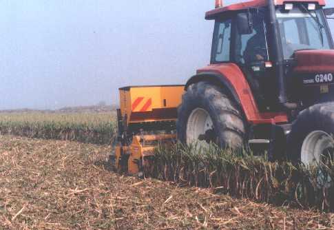 COLLARI macchine agricole  zappatrice zappatrici fresatrice fresatrici  estirpatore