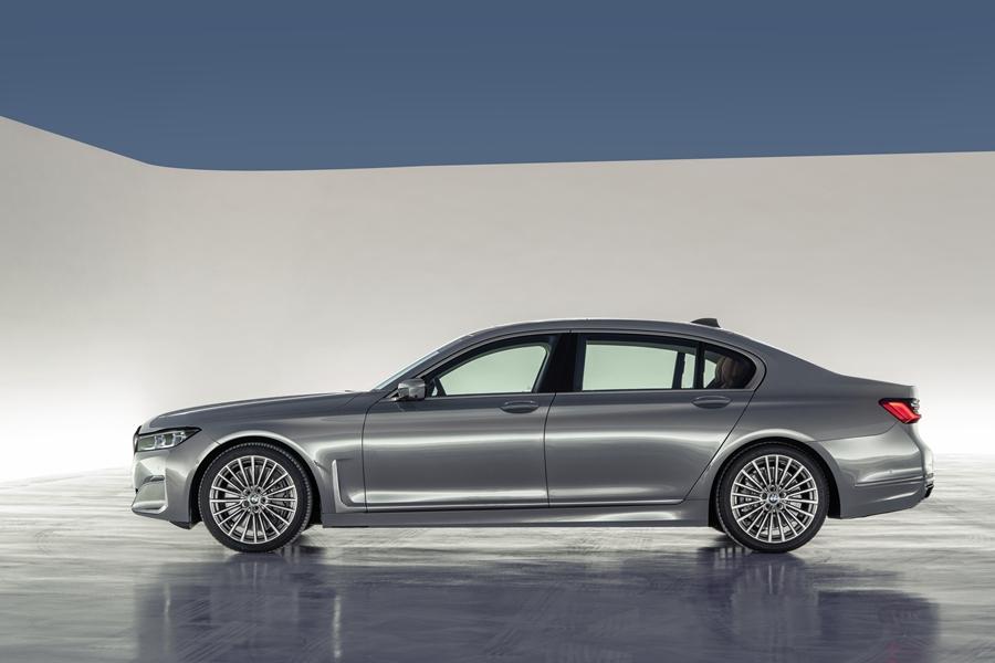 霸氣首選 大規模小改款BMW 7系列登場   DigiMobee移動生活網