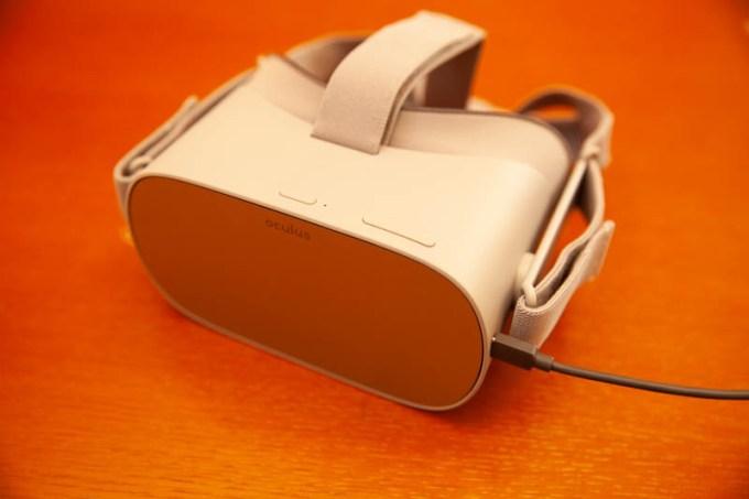 Oculus GoのVR USBケーブル