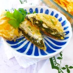 Easy Spanakopita ( Greek Spinach Pie) -- a simple vegetarian recipe you'll love at diginwithdana.com