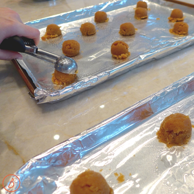 Use a handheld or electric mixer to mix together peanut or almond butter, sugar, egg and vanilla. Then scoop and bake. Press a chcolate kiss into freshly baked cookies. Five ingredients and ready in 30 minutes. Recipe at diginwithdana.com