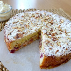 Peach Raspberry Crumble Cake