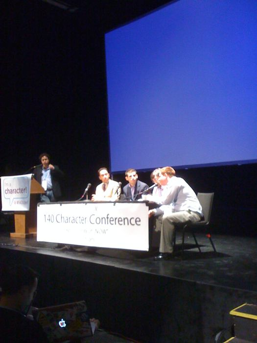 Newspapers & Twitter panel